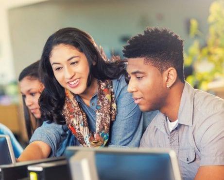 5 Simple Ways to Avoid Student Loan Debt