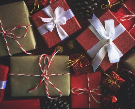Cheap Gift Ideas: 6 Tips to Buy Used and Get Great Deals